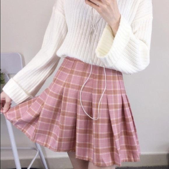 YesStyle Pink Plaid Pleated Mini Skirt / SKORT